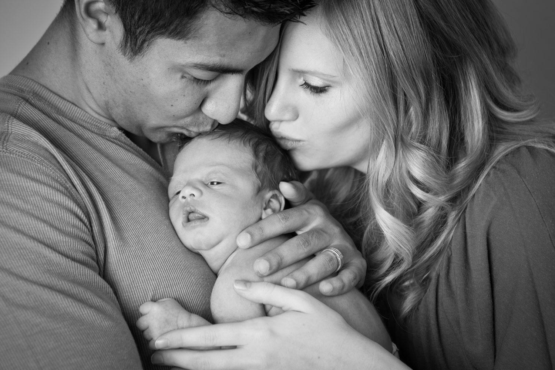 familie med spedbarn