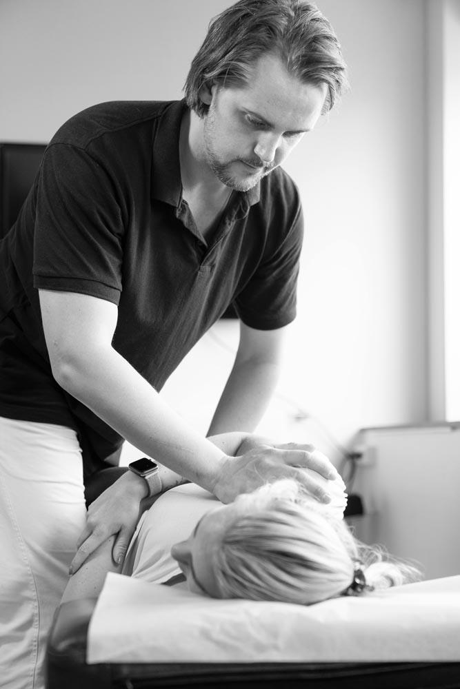kiropraktisk behandling rygg